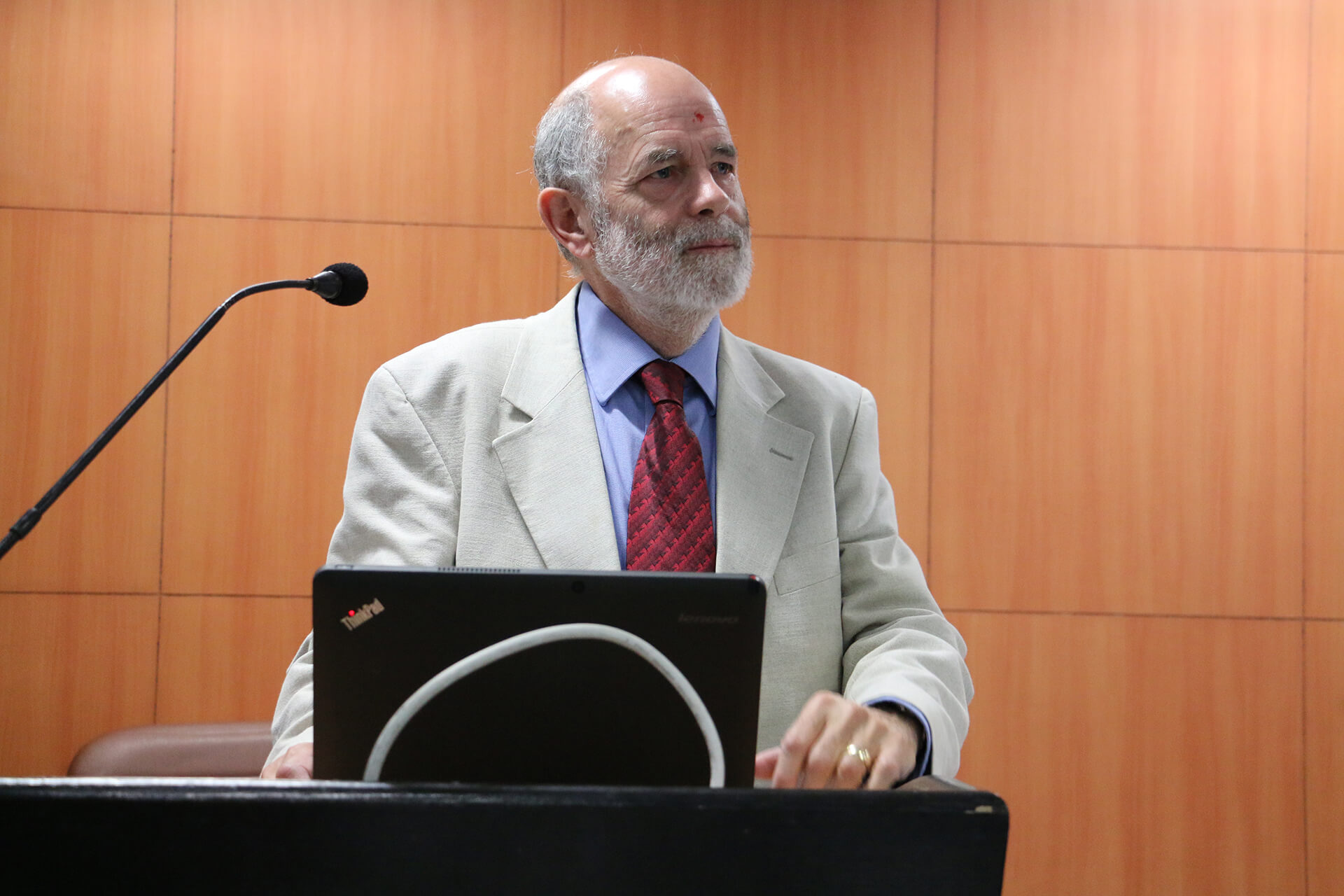 Prof. (Dr.) Peter Robinson